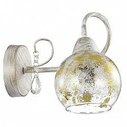 Бра LumionС 1 лампой<br>Артикул - LMN_3123_1W,Бренд - Lumion (Италия),Коллекция - Orianna,Гарантия, месяцы - 24,Высота, мм - 180,Тип лампы - компактная люминесцентная [КЛЛ] ИЛИнакаливания ИЛИсветодиодная [LED],Общее кол-во ламп - 1,Напряжение питания лампы, В - 220,Максимальная мощность лампы, Вт - 40,Лампы в комплекте - отсутствуют,Цвет плафонов и подвесок - неокрашенный с золотым рисунком,Тип поверхности плафонов - прозрачный,Материал плафонов и подвесок - стекло, хрусталь,Цвет арматуры - белый с золотой патиной,Тип поверхности арматуры - матовый,Материал арматуры - металл,Количество плафонов - 1,Возможность подлючения диммера - можно, если установить лампу накаливания,Тип цоколя лампы - E14,Класс электробезопасности - I,Степень пылевлагозащиты, IP - 20,Диапазон рабочих температур - комнатная температура,Дополнительные параметры - способ крепления светильника на стене – на монтажной пластине, светильник предназначен для использования со скрытой проводкой<br>