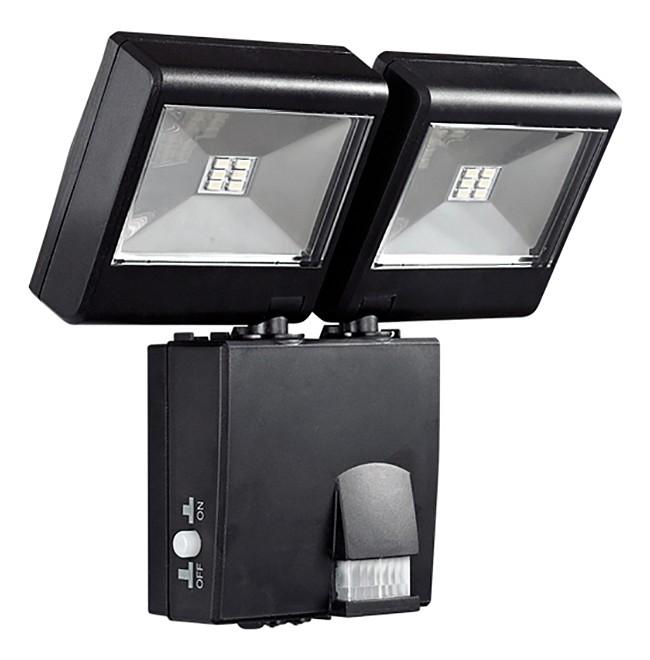 Настенный прожектор NovotechСветильники<br>Артикул - NV_357345,Бренд - Novotech (Венгрия),Коллекция - Solar,Гарантия, месяцы - 24,Время изготовления, дней - 1,Ширина, мм - 195,Высота, мм - 53,Выступ, мм - 182,Размер упаковки, мм - 233х202х150,Тип лампы - светодиодная [LED],Общее кол-во ламп - 2,Напряжение питания лампы, В - 3.7,Максимальная мощность лампы, Вт - 6,Цвет лампы - белый холодный,Лампы в комплекте - светодиодные [LED],Цвет плафонов и подвесок - неокрашенный, черный,Тип поверхности плафонов - глянцевый, прозрачный,Материал плафонов и подвесок - полимер,Цвет арматуры - черный,Тип поверхности арматуры - глянцевый,Материал арматуры - полимер,Количество плафонов - 2,Наличие выключателя, диммера или пульта ДУ - датчик движения, выключатель,Компоненты, входящие в комплект - солнечные батареи (150x200 мм) с проводом 3 м, аккумулятор Li-on,Цветовая температура, K - 5000 K,Световой поток, лм - 960,Экономичнее лампы накаливания - в 5, 8 раза,Светоотдача, лм/Вт - 64,Класс электробезопасности - III,Общая мощность, Вт - 12,Степень пылевлагозащиты, IP - 65,Диапазон рабочих температур - от -20^C до +40^C,Дополнительные параметры - угол обнаружения: 130^C; диапазон: 8 метров в радиальном направлении; продолжительность свечения от 10 секунд до 1 минуты (регулируется)<br>