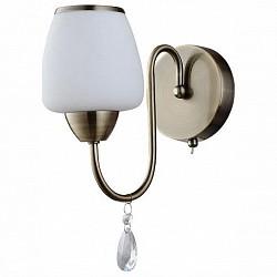 Бра IDLampС 1 лампой<br>Артикул - ID_912_1a-oldbronze,Бренд - IDLamp (Италия),Коллекция - 9,Гарантия, месяцы - 24,Высота, мм - 300,Тип лампы - компактная люминесцентная [КЛЛ] ИЛИнакаливания ИЛИсветодиодная [LED],Общее кол-во ламп - 1,Напряжение питания лампы, В - 220,Максимальная мощность лампы, Вт - 60,Лампы в комплекте - отсутствуют,Цвет плафонов и подвесок - белый с каймой, неокрашенный,Тип поверхности плафонов - матовый,Материал плафонов и подвесок - стекло, хрусталь,Цвет арматуры - бронза античная,Тип поверхности арматуры - глянцевый,Материал арматуры - металл,Возможность подлючения диммера - можно, если установить лампу накаливания,Тип цоколя лампы - E27,Класс электробезопасности - I,Степень пылевлагозащиты, IP - 20,Диапазон рабочих температур - комнатная температура,Дополнительные параметры - светильник предназначен для использования со скрытой проводкой<br>