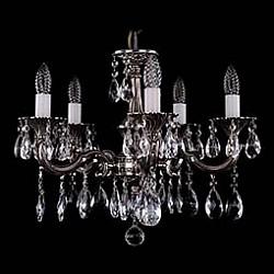 Подвесная люстра Bohemia Ivele Crystal5 или 6 ламп<br>Артикул - BI_1701_5_A_NB,Бренд - Bohemia Ivele Crystal (Чехия),Коллекция - 1701,Гарантия, месяцы - 12,Высота, мм - 400,Диаметр, мм - 560,Размер упаковки, мм - 450x450x200,Тип лампы - компактная люминесцентная [КЛЛ] ИЛИнакаливания ИЛИсветодиодная [LED],Общее кол-во ламп - 5,Напряжение питания лампы, В - 220,Максимальная мощность лампы, Вт - 40,Лампы в комплекте - отсутствуют,Цвет плафонов и подвесок - неокрашенный,Тип поверхности плафонов - прозрачный,Материал плафонов и подвесок - хрусталь,Цвет арматуры - никель черненый,Тип поверхности арматуры - глянцевый, рельефный,Материал арматуры - металл,Возможность подлючения диммера - можно, если установить лампу накаливания,Форма и тип колбы - свеча ИЛИ свеча на ветру,Тип цоколя лампы - E14,Класс электробезопасности - I,Общая мощность, Вт - 200,Степень пылевлагозащиты, IP - 20,Диапазон рабочих температур - комнатная температура,Дополнительные параметры - способ крепления светильника к потолку – на крюке<br>