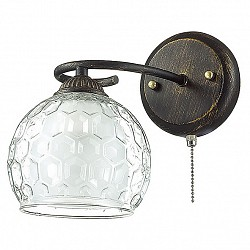 Бра LumionС 1 лампой<br>Артикул - LMN_3082_1W,Бренд - Lumion (Италия),Коллекция - Ampolla,Гарантия, месяцы - 24,Высота, мм - 220,Размер упаковки, мм - 230x170x230,Тип лампы - компактная люминесцентная [КЛЛ] ИЛИнакаливания ИЛИсветодиодная [LED],Общее кол-во ламп - 1,Напряжение питания лампы, В - 220,Максимальная мощность лампы, Вт - 60,Лампы в комплекте - отсутствуют,Цвет плафонов и подвесок - белый, неокрашенный,Тип поверхности плафонов - матовый, прозрачный, рельефный,Материал плафонов и подвесок - стекло,Цвет арматуры - черный с золотой патиной,Тип поверхности арматуры - матовый,Материал арматуры - металл,Возможность подлючения диммера - можно, если установить лампу накаливания,Тип цоколя лампы - E27,Класс электробезопасности - I,Степень пылевлагозащиты, IP - 20,Диапазон рабочих температур - комнатная температура,Дополнительные параметры - способ крепления светильника на стене – на монтажной пластине, светильник предназначен для использования со скрытой проводкой<br>