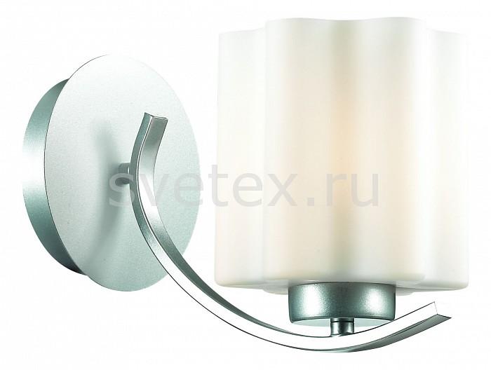 Бра ST-LuceНастенные светильники<br>Артикул - SL116.501.01,Бренд - ST-Luce (Италия),Коллекция - Onde,Гарантия, месяцы - 24,Время изготовления, дней - 1,Ширина, мм - 150,Высота, мм - 180,Выступ, мм - 270,Тип лампы - компактная люминесцентная [КЛЛ] ИЛИнакаливания ИЛИсветодиодная [LED],Общее кол-во ламп - 1,Напряжение питания лампы, В - 220,Максимальная мощность лампы, Вт - 60,Лампы в комплекте - отсутствуют,Цвет плафонов и подвесок - белый,Тип поверхности плафонов - матовый,Материал плафонов и подвесок - стекло,Цвет арматуры - серебро,Тип поверхности арматуры - матовый,Материал арматуры - металл,Количество плафонов - 1,Возможность подлючения диммера - можно, если установить лампу накаливания,Тип цоколя лампы - E27,Класс электробезопасности - I,Степень пылевлагозащиты, IP - 20,Диапазон рабочих температур - комнатная температура,Дополнительные параметры - способ крепления светильника к потолку – на монтажной пластине<br>