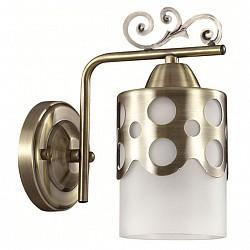 Бра LumionМеталлический плафон<br>Артикул - LMN_3235_1W,Бренд - Lumion (Италия),Коллекция - Boninga,Гарантия, месяцы - 24,Высота, мм - 215,Размер упаковки, мм - 330x130x130,Тип лампы - компактная люминесцентная [КЛЛ] ИЛИнакаливания ИЛИсветодиодная [LED],Общее кол-во ламп - 1,Напряжение питания лампы, В - 220,Максимальная мощность лампы, Вт - 40,Лампы в комплекте - отсутствуют,Цвет плафонов и подвесок - белый, бронза,Тип поверхности плафонов - матовый,Материал плафонов и подвесок - металл, стекло,Цвет арматуры - бронза,Тип поверхности арматуры - матовый, металлик,Материал арматуры - металл,Возможность подлючения диммера - можно, если установить лампу накаливания,Тип цоколя лампы - E27,Класс электробезопасности - I,Степень пылевлагозащиты, IP - 20,Диапазон рабочих температур - комнатная температура,Дополнительные параметры - способ крепления светильника на стене – на монтажной пластине, светильник предназначен для использования со скрытой проводкой<br>