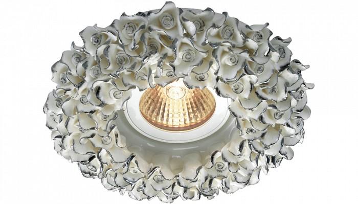 Встраиваемый светильник NovotechКруглые<br>Артикул - NV_369950,Бренд - Novotech (Венгрия),Коллекция - Farfor,Гарантия, месяцы - 24,Время изготовления, дней - 1,Выступ, мм - 10,Глубина, мм - 20,Диаметр, мм - 130,Размер врезного отверстия, мм - 65,Тип лампы - галогеновая ИЛИсветодиодная [LED],Общее кол-во ламп - 1,Напряжение питания лампы, В - 12,Максимальная мощность лампы, Вт - 50,Цвет лампы - белый теплый,Лампы в комплекте - отсутствуют,Цвет арматуры - белый, серебряный,Тип поверхности арматуры - матовый, глянцевый, рельефный,Материал арматуры - фарфор,Количество плафонов - 1,Возможность подлючения диммера - можно, если установить галогеновую лампу и подключить трансформатор 12 В с возможностью диммирования,Необходимые компоненты - трансформатор 12 В,Компоненты, входящие в комплект - нет,Форма и тип колбы - полусферическая с рефлектором,Тип цоколя лампы - GX5.3,Цветовая температура, K - 2800 - 3200 K,Экономичнее лампы накаливания - на 50%,Класс электробезопасности - III,Напряжение питания, В - 220,Общая мощность, Вт - 50,Степень пылевлагозащиты, IP - 20,Диапазон рабочих температур - комнатная температура<br>