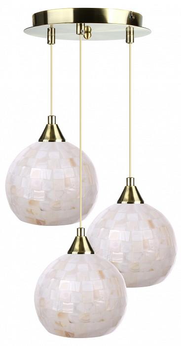 Подвесной светильник 33 идеиСветодиодные<br>Артикул - ZZ_PND.101.03.01.AB-S.10_3,Бренд - 33 идеи (Россия),Коллекция - AB_S.10,Высота, мм - 890,Диаметр, мм - 380,Размер упаковки, мм - 340x260x60, 3*160x160x140,Тип лампы - компактная люминесцентная [КЛЛ] ИЛИнакаливания ИЛИсветодиодная [LED],Общее кол-во ламп - 3,Напряжение питания лампы, В - 220,Максимальная мощность лампы, Вт - 60,Лампы в комплекте - отсутствуют,Цвет плафонов и подвесок - перламутровый,Тип поверхности плафонов - матовый, рельефный,Материал плафонов и подвесок - стекло,Цвет арматуры - латунь античная,Тип поверхности арматуры - глянцевый,Материал арматуры - металл,Количество плафонов - 3,Возможность подлючения диммера - можно, если установить лампу накаливания,Тип цоколя лампы - E14,Класс электробезопасности - I,Общая мощность, Вт - 180,Степень пылевлагозащиты, IP - 20,Диапазон рабочих температур - комнатная температура,Дополнительные параметры - диаметр основания светильника 230 мм, диаметр плафона 150 мм, способ крепления светильника к потолку – на монтажной пластине<br>