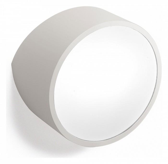 Накладной светильник MantraУЛИЧНЫЕ светильники<br>Артикул - MN_5482,Бренд - Mantra (Испания),Коллекция - Mini,Гарантия, месяцы - 24,Длина, мм - 178,Ширина, мм - 165,Выступ, мм - 113,Тип лампы - светодиодная [LED],Общее кол-во ламп - 1,Напряжение питания лампы, В - 220,Максимальная мощность лампы, Вт - 2,Лампы в комплекте - отсутствуют,Цвет плафонов и подвесок - белый,Тип поверхности плафонов - матовый,Материал плафонов и подвесок - акрил,Цвет арматуры - серый,Тип поверхности арматуры - матовый,Материал арматуры - металл,Количество плафонов - 1,Форма и тип колбы - пальчиковая,Тип цоколя лампы - G9,Класс электробезопасности - I,Степень пылевлагозащиты, IP - 44,Диапазон рабочих температур - от -40^C до +40^C,Дополнительные параметры - светильник предназначен для использования со скрытой проводкой<br>