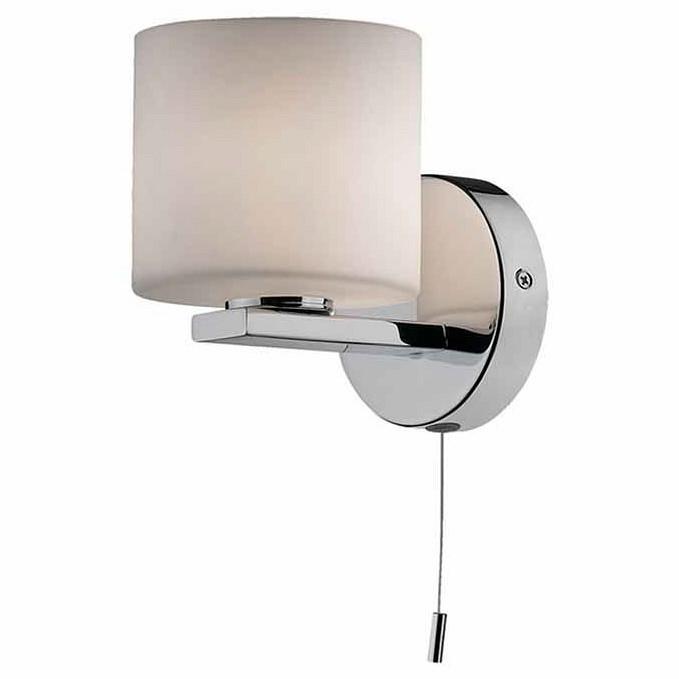 Светильник на штанге Odeon LightСветильники для ВАННОЙ<br>Артикул - OD_2156_1W,Бренд - Odeon Light (Италия),Коллекция - Batto,Гарантия, месяцы - 24,Время изготовления, дней - 1,Ширина, мм - 100,Высота, мм - 150,Выступ, мм - 150,Тип лампы - галогеновая,Общее кол-во ламп - 1,Напряжение питания лампы, В - 220,Максимальная мощность лампы, Вт - 40,Цвет лампы - белый теплый,Лампы в комплекте - галогеновая G9,Цвет плафонов и подвесок - белый,Тип поверхности плафонов - матовый,Материал плафонов и подвесок - стекло,Цвет арматуры - хром,Тип поверхности арматуры - глянцевый,Материал арматуры - металл,Количество плафонов - 1,Наличие выключателя, диммера или пульта ДУ - выключатель шнуровой,Форма и тип колбы - пальчиковая,Тип цоколя лампы - G9,Цветовая температура, K - 2800 - 3200 K,Экономичнее лампы накаливания - на 50%,Класс электробезопасности - I,Степень пылевлагозащиты, IP - 44,Дополнительные параметры - с силиконовыми уплотнителями для защиты от влаги<br>