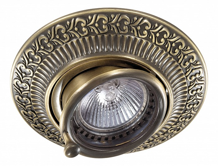 Встраиваемый светильник NovotechПотолочные светильники<br>Артикул - NV_370015,Бренд - Novotech (Венгрия),Коллекция - Vintage,Гарантия, месяцы - 24,Время изготовления, дней - 1,Высота, мм - 92,Выступ, мм - 64,Глубина, мм - 28,Диаметр, мм - 119,Размер врезного отверстия, мм - 100,Тип лампы - галогеновая ИЛИсветодиодная [LED],Общее кол-во ламп - 1,Напряжение питания лампы, В - 12,Максимальная мощность лампы, Вт - 50,Лампы в комплекте - отсутствуют,Цвет арматуры - бронза,Тип поверхности арматуры - глянцевый, рельефный,Материал арматуры - цинк,Необходимые компоненты - трансформатор 12В,Компоненты, входящие в комплект - нет,Форма и тип колбы - полусферическая с рефлектором,Тип цоколя лампы - GX5.3,Класс электробезопасности - III,Напряжение питания, В - 220,Степень пылевлагозащиты, IP - 20,Диапазон рабочих температур - комнатная температура,Дополнительные параметры - поворотный светильник, цинк с электролитным медным покрытием<br>