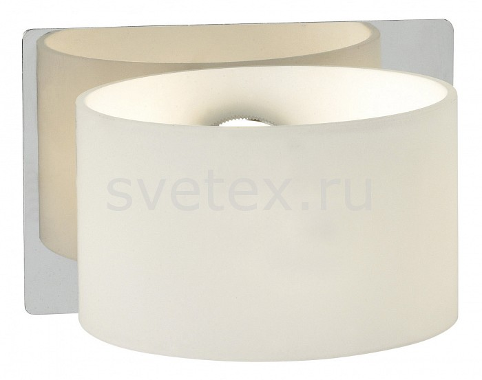 Накладной светильник markslojdС 1 плафоном<br>Артикул - ML_100010,Бренд - markslojd (Швеция),Коллекция - Sigtuna,Гарантия, месяцы - 24,Ширина, мм - 120,Высота, мм - 80,Выступ, мм - 130,Размер упаковки, мм - 315x300x200,Тип лампы - галогеновая,Общее кол-во ламп - 1,Напряжение питания лампы, В - 220,Цвет лампы - белый теплый,Лампы в комплекте - галогеновая G9,Цвет плафонов и подвесок - белый,Тип поверхности плафонов - матовый,Материал плафонов и подвесок - стекло,Цвет арматуры - хром,Тип поверхности арматуры - глянцевый,Материал арматуры - металл,Количество плафонов - 1,Возможность подлючения диммера - можно,Форма и тип колбы - пальчиковая,Тип цоколя лампы - G9,Цветовая температура, K - 2800 K,Экономичнее лампы накаливания - на 50 %,Класс электробезопасности - I,Степень пылевлагозащиты, IP - 20,Диапазон рабочих температур - комнатная температура,Дополнительные параметры - способ крепления светильника к стене - на монтажной пластине<br>