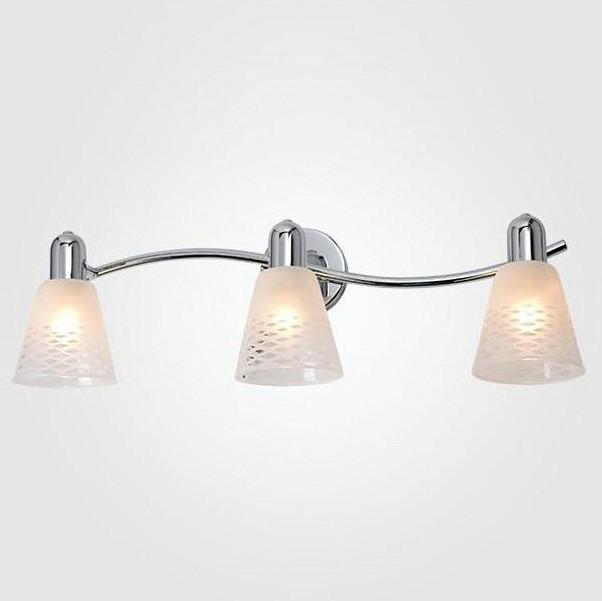 Спот EurosvetСпоты<br>Артикул - EV_77917,Бренд - Eurosvet (Китай),Коллекция - 20053,Гарантия, месяцы - 24,Длина, мм - 530,Ширина, мм - 210,Выступ, мм - 170,Тип лампы - компактная люминесцентная [КЛЛ] ИЛИнакаливания ИЛИсветодиодная [LED],Общее кол-во ламп - 3,Напряжение питания лампы, В - 220,Максимальная мощность лампы, Вт - 40,Лампы в комплекте - отсутствуют,Цвет плафонов и подвесок - белый с прозрачным рисунком,Тип поверхности плафонов - матовый,Материал плафонов и подвесок - стекло,Цвет арматуры - хром,Тип поверхности арматуры - глянцевый,Материал арматуры - металл,Количество плафонов - 3,Возможность подлючения диммера - можно, если установить лампу накаливания,Тип цоколя лампы - E14,Класс электробезопасности - I,Общая мощность, Вт - 120,Степень пылевлагозащиты, IP - 20,Диапазон рабочих температур - комнатная температура,Дополнительные параметры - поворотный светильник<br>