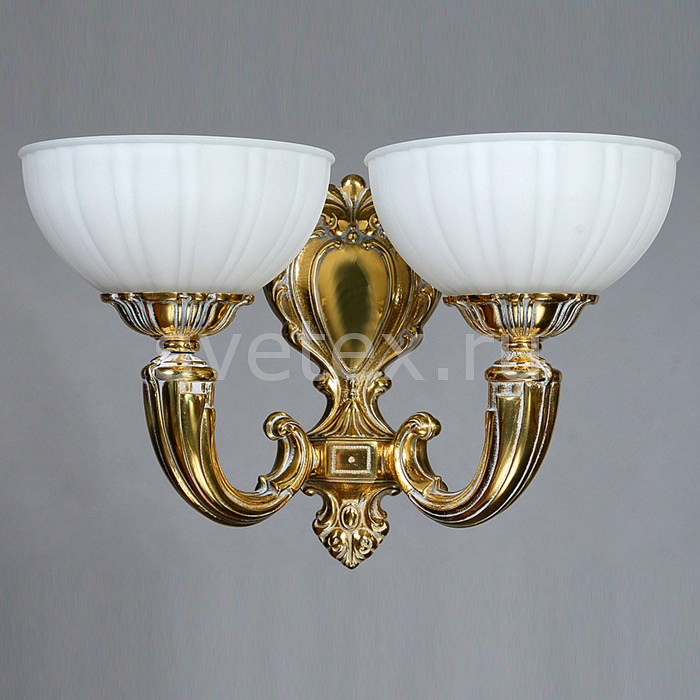 Бра Ambiente by BrizziНастенные светильники<br>Артикул - BA_8539_2_wp,Бренд - Ambiente by Brizzi (Испания),Коллекция - Lugo,Гарантия, месяцы - 24,Ширина, мм - 370,Высота, мм - 400,Выступ, мм - 170,Тип лампы - светодиодная [LED],Общее кол-во ламп - 2,Напряжение питания лампы, В - 220,Максимальная мощность лампы, Вт - 4,Цвет лампы - белый,Лампы в комплекте - светодиодные [LED] E27,Цвет плафонов и подвесок - белый,Тип поверхности плафонов - матовый, рельефный,Материал плафонов и подвесок - стекло,Цвет арматуры - бронза с белой патиной,Тип поверхности арматуры - матовый, рельефнный,Материал арматуры - металл,Количество плафонов - 2,Возможность подлючения диммера - нельзя,Тип цоколя лампы - E27,Цветовая температура, K - 4000 K,Световой поток, лм - 640,Экономичнее лампы накаливания - В 7, 5 раза,Светоотдача, лм/Вт - 80,Класс электробезопасности - I,Общая мощность, Вт - 8,Степень пылевлагозащиты, IP - 20,Диапазон рабочих температур - комнатная температура,Дополнительные параметры - способ крепления светильника к стене - на монтажной пластине, светильник предназначен для  использования со скрытой проводкой<br>
