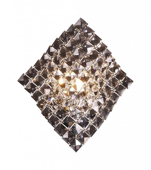 Накладной светильник Odeon LightС 1 плафоном<br>Артикул - OD_2181_1W,Бренд - Odeon Light (Италия),Коллекция - Fitta,Гарантия, месяцы - 24,Время изготовления, дней - 1,Ширина, мм - 250,Высота, мм - 290,Тип лампы - галогеновая,Общее кол-во ламп - 1,Напряжение питания лампы, В - 220,Максимальная мощность лампы, Вт - 40,Цвет лампы - белый теплый,Лампы в комплекте - галогеновая G9,Цвет плафонов и подвесок - неокрашенный,Тип поверхности плафонов - прозрачный,Материал плафонов и подвесок - хрусталь,Цвет арматуры - хром,Тип поверхности арматуры - глянцевый,Материал арматуры - металл,Количество плафонов - 1,Возможность подлючения диммера - можно,Форма и тип колбы - пальчиковая,Тип цоколя лампы - G9,Цветовая температура, K - 2800 - 3200 K,Экономичнее лампы накаливания - на 50%,Класс электробезопасности - I,Степень пылевлагозащиты, IP - 20,Диапазон рабочих температур - комнатная температура<br>