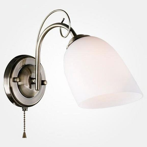 Бра ОптимаНастенные светильники<br>Артикул - EV_78345,Бренд - Оптима (Китай),Коллекция - 30107,Гарантия, месяцы - 24,Ширина, мм - 130,Высота, мм - 200,Выступ, мм - 300,Тип лампы - компактная люминесцентная [КЛЛ] ИЛИнакаливания ИЛИсветодиодная [LED],Общее кол-во ламп - 1,Напряжение питания лампы, В - 220,Максимальная мощность лампы, Вт - 60,Лампы в комплекте - отсутствуют,Цвет плафонов и подвесок - белый,Тип поверхности плафонов - матовый,Материал плафонов и подвесок - стекло,Цвет арматуры - бронза античная,Тип поверхности арматуры - матовый,Материал арматуры - металл,Количество плафонов - 1,Наличие выключателя, диммера или пульта ДУ - выключатель шнуровой,Возможность подлючения диммера - можно, если установить лампу накаливания,Тип цоколя лампы - E27,Класс электробезопасности - I,Степень пылевлагозащиты, IP - 20,Диапазон рабочих температур - комнатная температура,Дополнительные параметры - способ крепления светильника к стене - на монтажной пластине, светильник предназначен для  использования со скрытой проводкой<br>