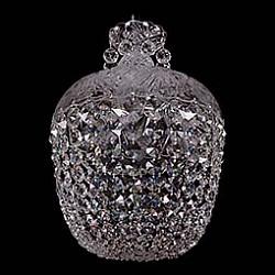 Подвесной светильник Bohemia Ivele CrystalБез плафонов<br>Артикул - BI_7710_35_Ni,Бренд - Bohemia Ivele Crystal (Чехия),Коллекция - 7710,Гарантия, месяцы - 24,Высота, мм - 550,Диаметр, мм - 350,Размер упаковки, мм - 380x380x300,Тип лампы - компактная люминесцентная [КЛЛ] ИЛИнакаливания ИЛИсветодиодная [LED],Общее кол-во ламп - 5,Напряжение питания лампы, В - 220,Максимальная мощность лампы, Вт - 40,Лампы в комплекте - отсутствуют,Цвет плафонов и подвесок - неокрашенный,Тип поверхности плафонов - прозрачный,Материал плафонов и подвесок - хрусталь,Цвет арматуры - неокрашенный, никель,Тип поверхности арматуры - глянцевый, прозрачный,Материал арматуры - металл, стекло,Возможность подлючения диммера - можно, если установить лампу накаливания,Тип цоколя лампы - E14,Класс электробезопасности - I,Общая мощность, Вт - 200,Степень пылевлагозащиты, IP - 20,Диапазон рабочих температур - комнатная температура,Дополнительные параметры - способ крепления светильника к потолку – на крюке<br>