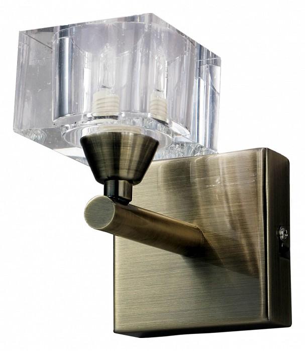 Бра MantraНастенные светильники<br>Артикул - MN_1102,Бренд - Mantra (Испания),Коллекция - Cuadrax,Гарантия, месяцы - 24,Время изготовления, дней - 1,Ширина, мм - 85,Высота, мм - 155,Выступ, мм - 130,Тип лампы - галогеновая,Общее кол-во ламп - 1,Напряжение питания лампы, В - 220,Максимальная мощность лампы, Вт - 40,Цвет лампы - белый теплый,Лампы в комплекте - галогеновая G9,Цвет плафонов и подвесок - неокрашенный,Тип поверхности плафонов - прозрачный,Материал плафонов и подвесок - стекло,Цвет арматуры - латунь античная,Тип поверхности арматуры - матовый,Материал арматуры - металл,Количество плафонов - 1,Возможность подлючения диммера - можно,Форма и тип колбы - пальчиковая,Тип цоколя лампы - G9,Цветовая температура, K - 2800 - 3200 K,Экономичнее лампы накаливания - на 50%,Класс электробезопасности - I,Степень пылевлагозащиты, IP - 20,Диапазон рабочих температур - комнатная температура,Дополнительные параметры - светильник предназначен для использования со скрытой проводкой<br>