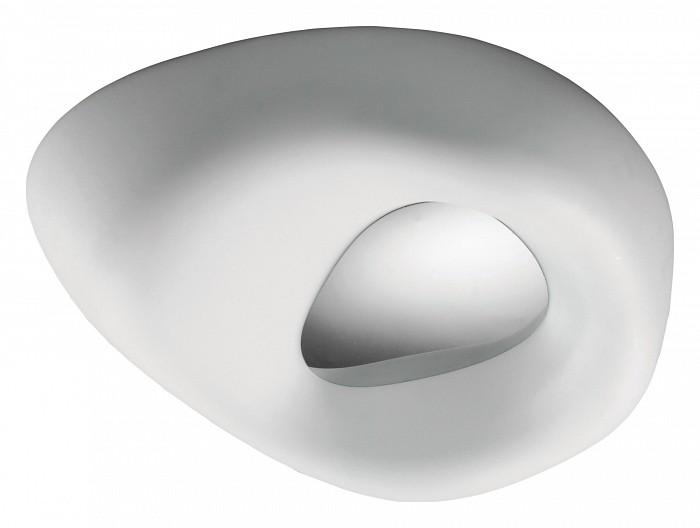 Накладной светильник MantraСветильники<br>Артикул - MN_1336,Бренд - Mantra (Испания),Коллекция - Exterior,Гарантия, месяцы - 24,Время изготовления, дней - 1,Длина, мм - 576,Ширина, мм - 462,Высота, мм - 575,Тип лампы - компактная люминесцентная [КЛЛ],Общее кол-во ламп - 4,Напряжение питания лампы, В - 220,Максимальная мощность лампы, Вт - 13,Цвет лампы - белый теплый,Лампы в комплекте - компактные люминесцентные [КЛЛ] E27,Цвет плафонов и подвесок - белый,Тип поверхности плафонов - матовый,Материал плафонов и подвесок - полимер,Цвет арматуры - хром,Тип поверхности арматуры - глянцевый,Материал арматуры - металл,Количество плафонов - 1,Тип цоколя лампы - E27,Цветовая температура, K - 2700 K,Экономичнее лампы накаливания - в 5 раз,Класс электробезопасности - I,Общая мощность, Вт - 52,Степень пылевлагозащиты, IP - 44,Диапазон рабочих температур - от -40^C до +40^C<br>
