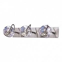 Спот Odeon LightС 3 лампами<br>Артикул - OD_1429_3W,Бренд - Odeon Light (Италия),Коллекция - Bolla,Гарантия, месяцы - 24,Время изготовления, дней - 1,Тип лампы - галогеновая,Общее кол-во ламп - 3,Напряжение питания лампы, В - 220,Максимальная мощность лампы, Вт - 50,Лампы в комплекте - галогеновые GU10,Цвет плафонов и подвесок - неокрашенный,Тип поверхности плафонов - прозрачный,Материал плафонов и подвесок - стекло,Цвет арматуры - никель,Тип поверхности арматуры - матовый,Материал арматуры - металл,Возможность подлючения диммера - можно,Форма и тип колбы - полусферическая с рефлектором,Тип цоколя лампы - GU10,Класс электробезопасности - I,Общая мощность, Вт - 150,Степень пылевлагозащиты, IP - 20,Диапазон рабочих температур - комнатная температура,Дополнительные параметры - поворотный светильник<br>
