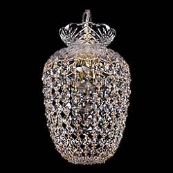 Подвесной светильник Bohemia Ivele CrystalБез плафонов<br>Артикул - BI_7710_15_G,Бренд - Bohemia Ivele Crystal (Чехия),Коллекция - 7710,Гарантия, месяцы - 24,Высота, мм - 250,Диаметр, мм - 150,Размер упаковки, мм - 250x180x170,Тип лампы - компактная люминесцентная [КЛЛ] ИЛИнакаливания ИЛИсветодиодная [LED],Общее кол-во ламп - 1,Напряжение питания лампы, В - 220,Максимальная мощность лампы, Вт - 40,Лампы в комплекте - отсутствуют,Цвет плафонов и подвесок - неокрашенный,Тип поверхности плафонов - прозрачный,Материал плафонов и подвесок - хрусталь,Цвет арматуры - золото, неокрашенный,Тип поверхности арматуры - глянцевый, прозрачный,Материал арматуры - металл, стекло,Возможность подлючения диммера - можно, если установить лампу накаливания,Тип цоколя лампы - E14,Класс электробезопасности - I,Степень пылевлагозащиты, IP - 20,Диапазон рабочих температур - комнатная температура,Дополнительные параметры - способ крепления светильника к потолку – на крюке<br>